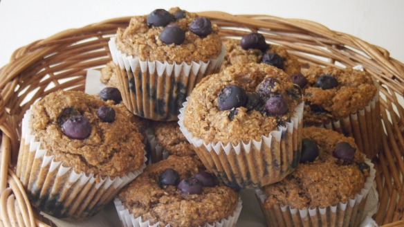 dairy,egg, peanut/tree nut free banana blueberry bran muffins