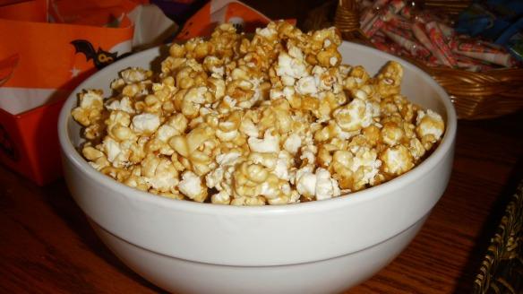 bowl of dairy free caramal corn
