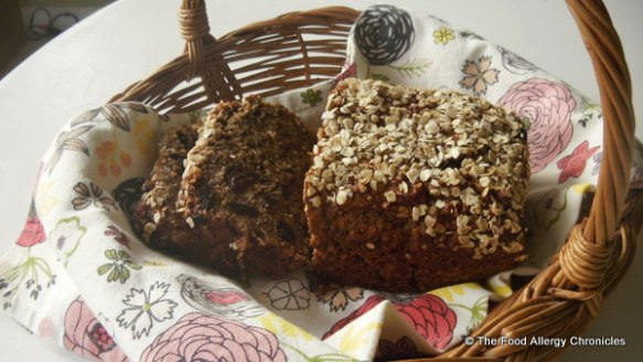 dairy,egg and peanut/tree nut free oatmeal banana bread