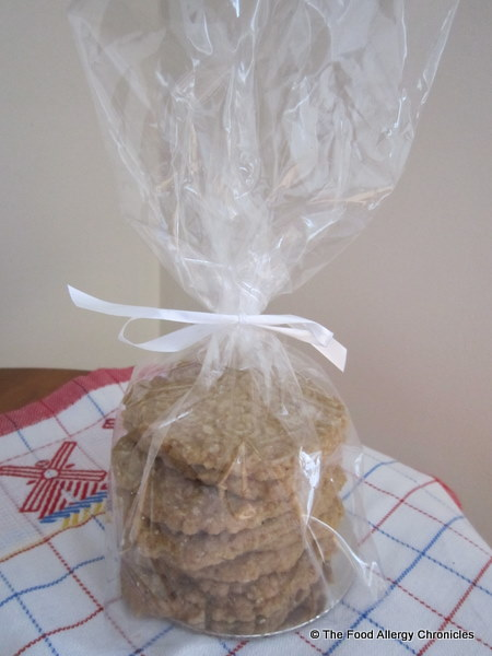 package of dairy, egg and peanut/tree nut free speculaas cookies for family friends