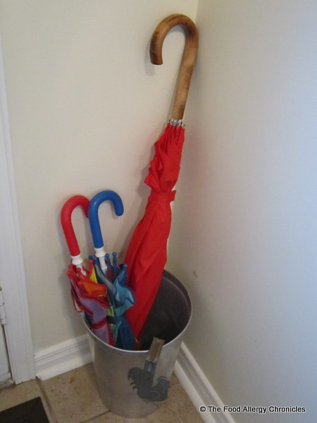 a decluttered umbrella stand