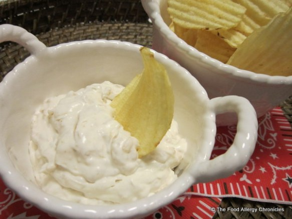 dairy free onion dip with rippled chips