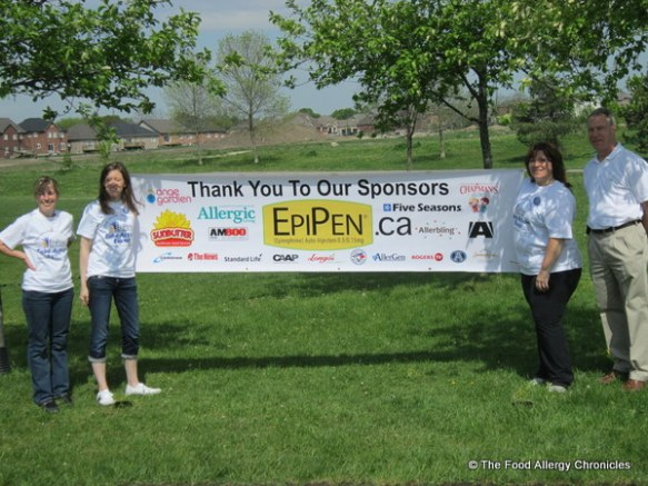 Volunteers of the Epi Pen Take Action Event and Dr. Leigh Chair of CAAIF