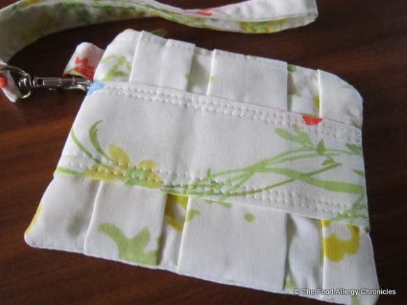 My Pleated Pouch made from pillowcases by Carla @ My 1/2 Dozen Daily