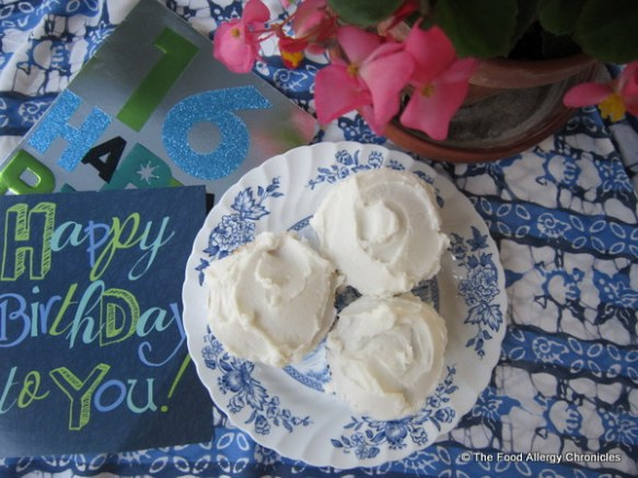 Dairy, Egg and Peanut/Tree Nut Free Vanilla Cupcakes and Sweet 16 Birthday Cards