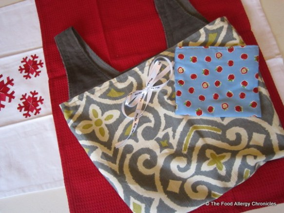 Handmade tote bag and snack bag by Virna @craftmates