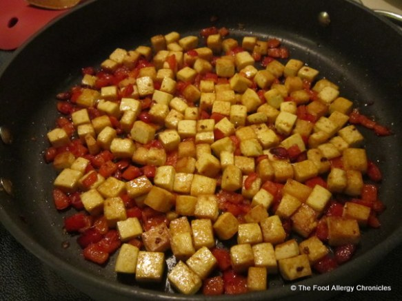 Browned tofu and red pepper