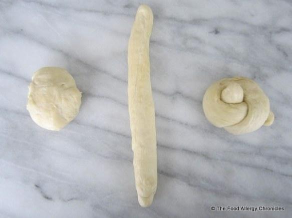 Forming a pretzel knot